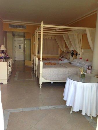 Luxury Bahia Principe Esmeralda Don Pablo Collection: 93000