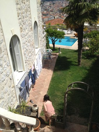 Vista Azzurra : View from steps entering house