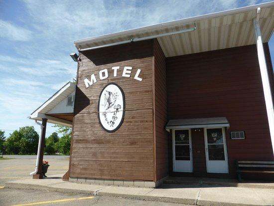 Aquarius Motel : Motel entrance