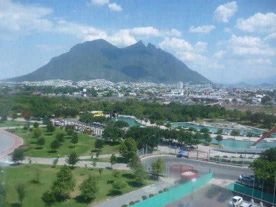 Holiday Inn Parque Fundidora: Vista desde el cuarto