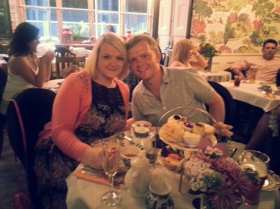 Richmond Tea Rooms: Fantastic tea party with my lovely wife x