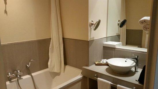 Villa Augusta : Badezimmer
