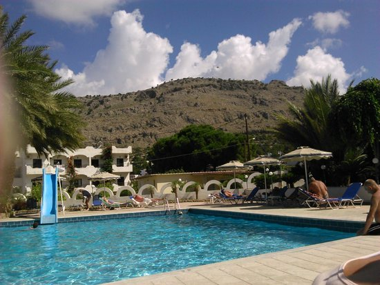 Thalia Hotel : view from the pool