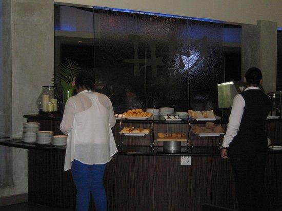 Riande Aeropuerto: lugar del desayuno