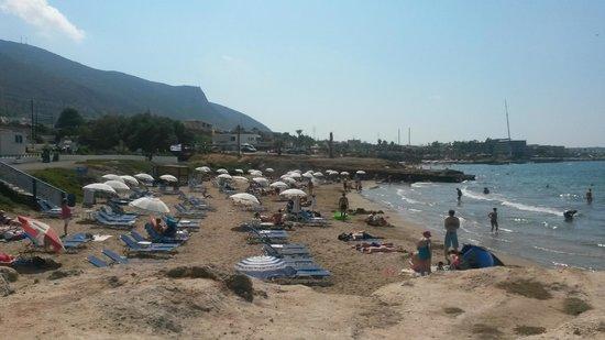 Marni Village: Aleko's beach