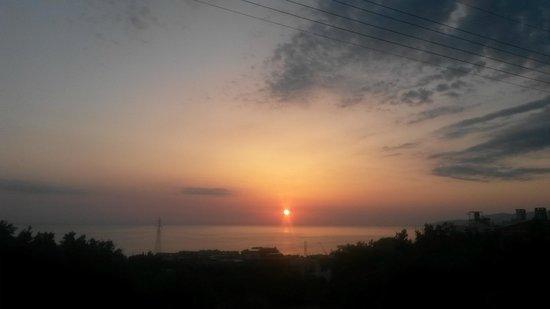 Marni Village: Sun rise!