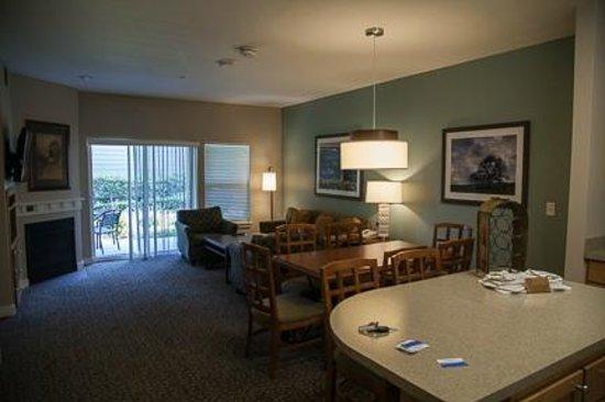 WorldMark Windsor : Living room/Dining room