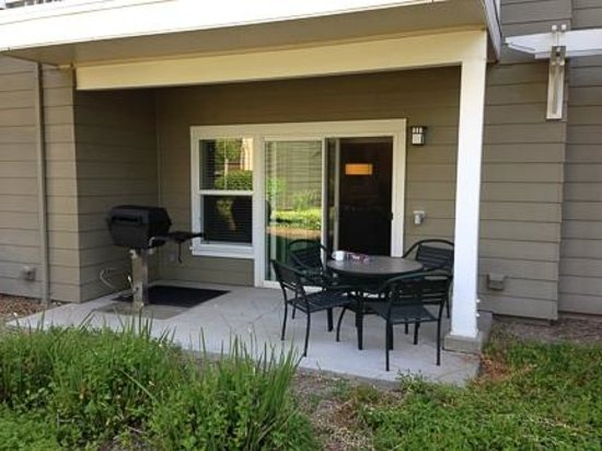 WorldMark Windsor: Back Patio with Barbecue Grill
