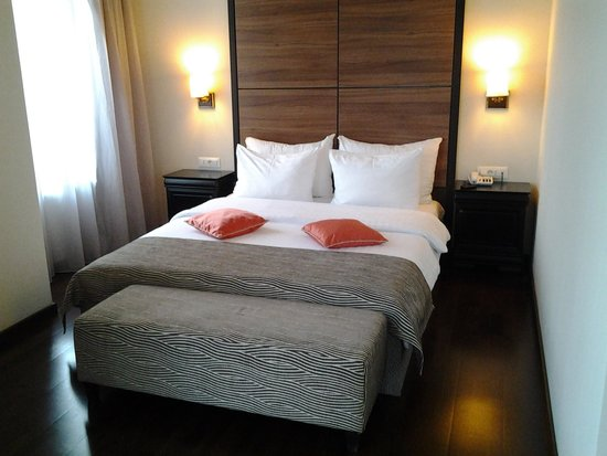 Europa Royale Bucharest: Bed