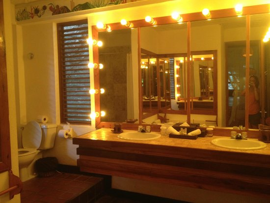 Anse Chastanet : Big bathroom