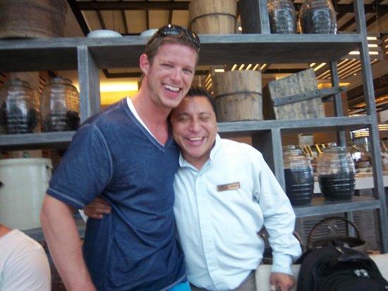 Secrets The Vine Cancun : Carlos