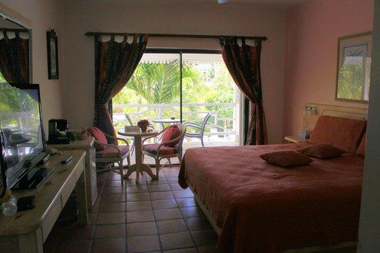 Caribbean Paradise Inn: top floor room
