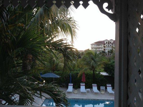 Caribbean Paradise Inn: view from room/balcony