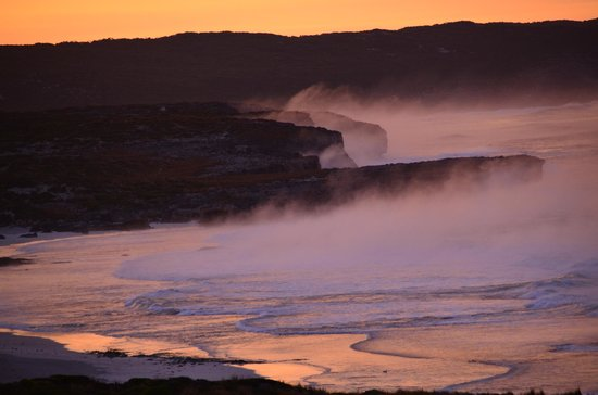 Southern Ocean Lodge: Morning Mist