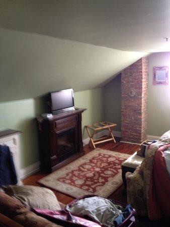 Bayfront Westcott House Bed & Breakfast: alison's loft