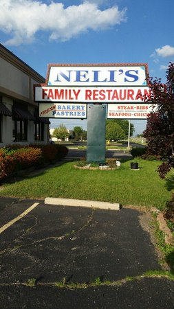 Neli's Family Restaurant : :)