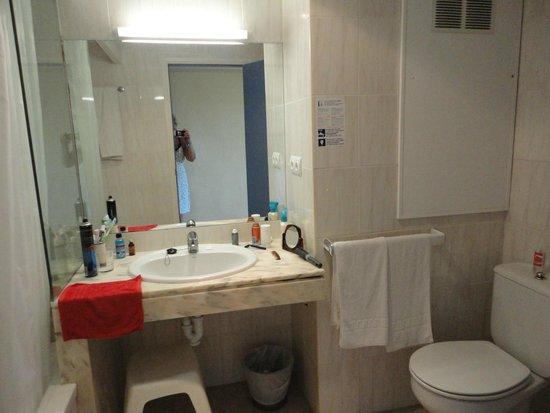 azuLine Hotel Bergantin: bathroom