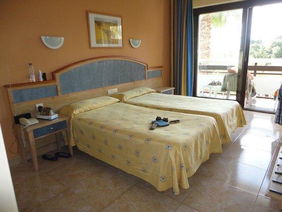azuLine Hotel Bergantin: bedroom