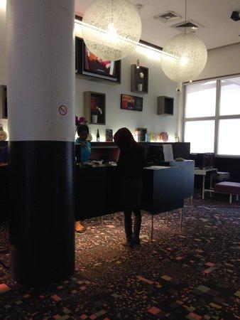 Ibis Styles Paris Bercy : Lobby