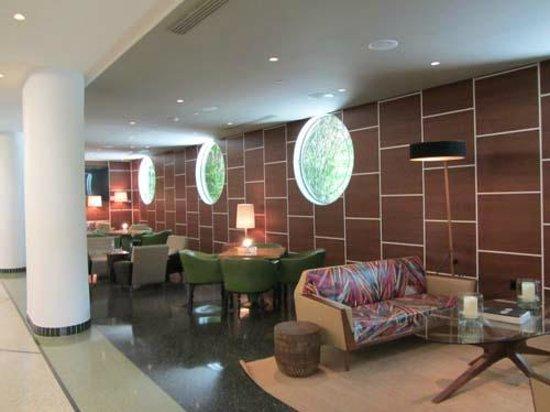 Royal Palm South Beach Miami, A Tribute Portfolio Resort : Foyer