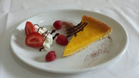 George & Abbotsford Hotel: 2 x courses £8.50 fab