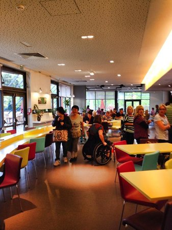 Ibis Styles Paris Bercy : Breakfast Room /Area