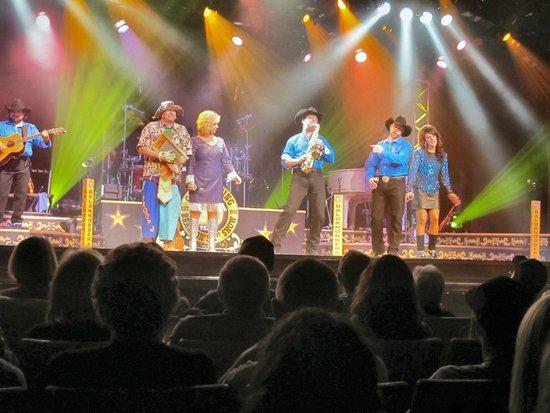 Baldknobbers Jamboree: The Singers