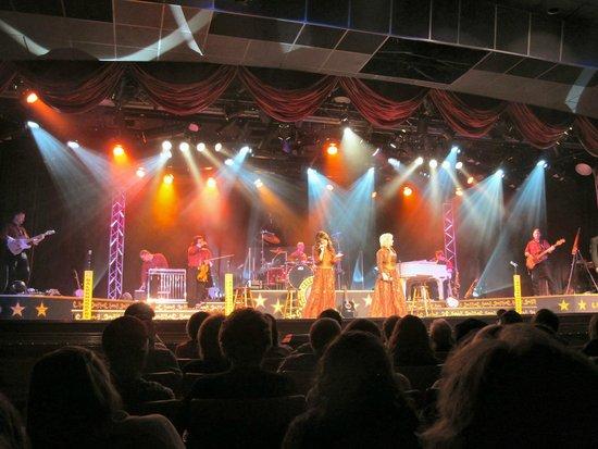 Baldknobbers Jamboree: Singers