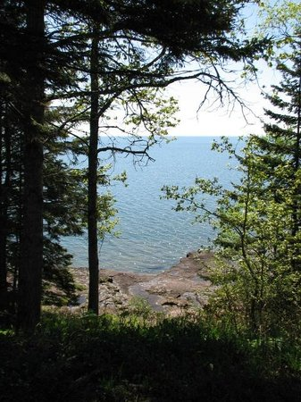 Gooseberry Park Cottages and Motel: View of Lake Superior from cottage