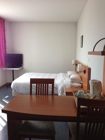 Appart'City Confort Lyon Gerland: Bed / Wheelchair room