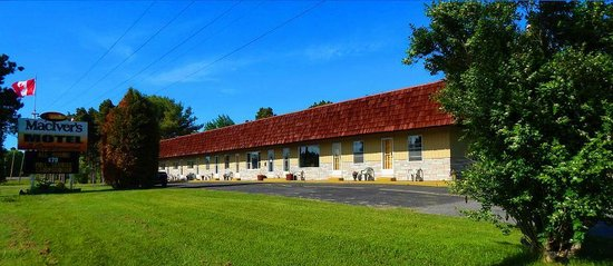MacIver's Motel & Campground