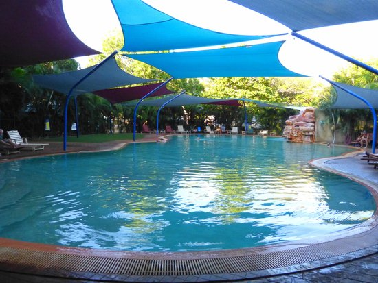 Cable Beach Caravan Park : Beautiful Pool
