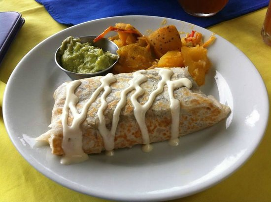 Cantina Salsipuedes: breakfast burrito