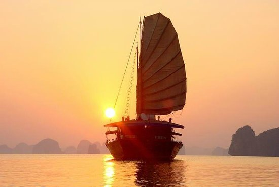 Halong Bay Junk - Day Tour