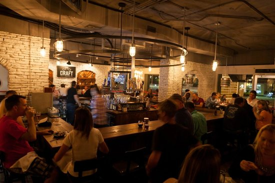 Craft F&B Co.: Craft's bar with inverted draft system