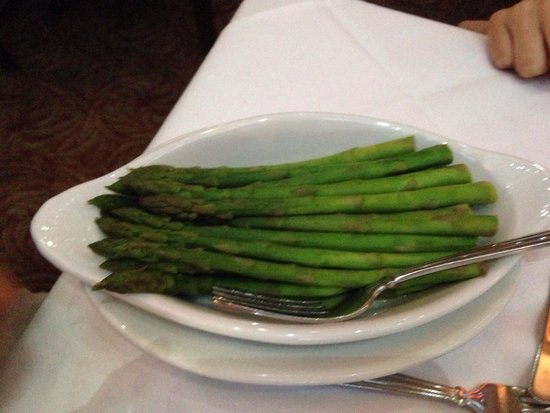 Ruth's Chris Steak House: Asparagus