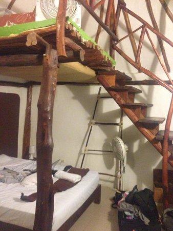 Secret Garden Hotel : the bed again