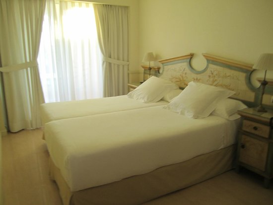 Guadalpin Suites: Chambre 1