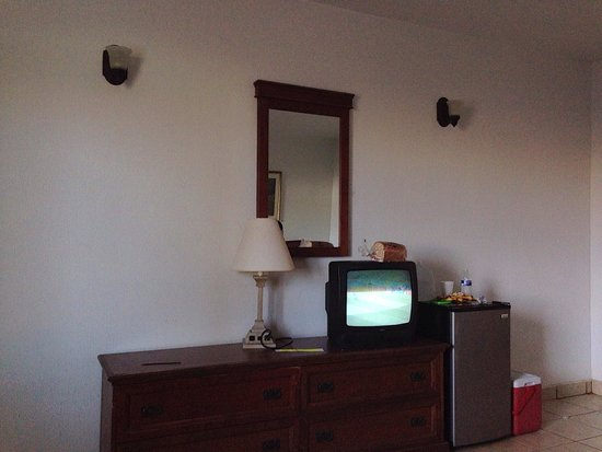 El Mirador Village Hotel: 2 queen bedroom