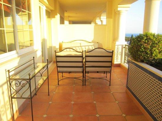 Guadalpin Suites: Terrasse