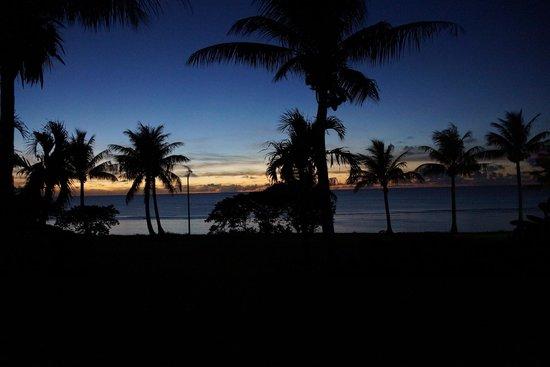Mariana Resort & Spa: чумачечии закаты