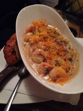 Port Of Call Restaurant: Shrimp & Grits--- AMAZING