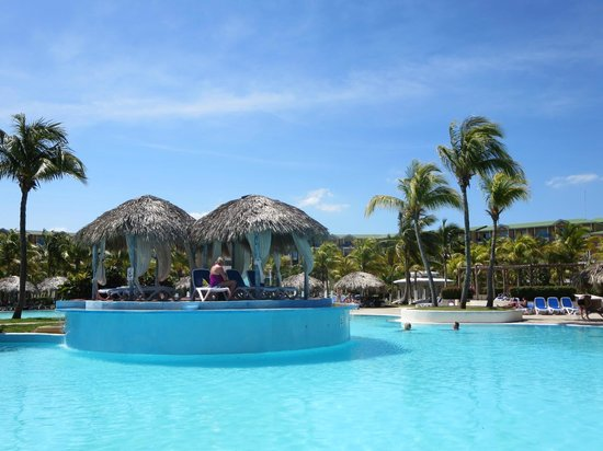 Melia Las Antillas: the pool