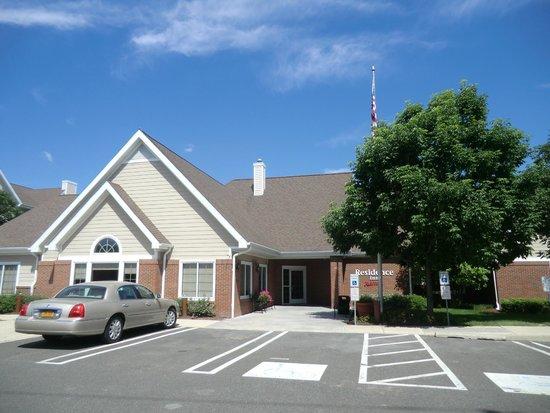 Residence Inn Philadelphia Montgomeryville: Hotel entrance