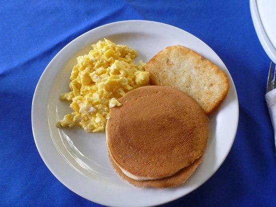 Royal Marinas Hostal: American Breakfast