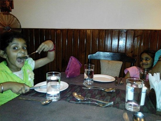 Hotel Manang Restaurant