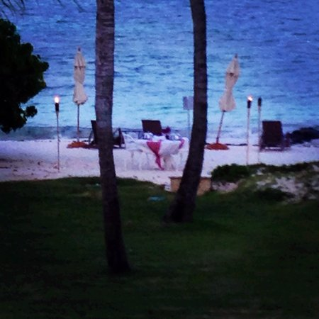 Tortuga Bay Hotel Puntacana Resort & Club: View of romantic beach dinner from our balcony.