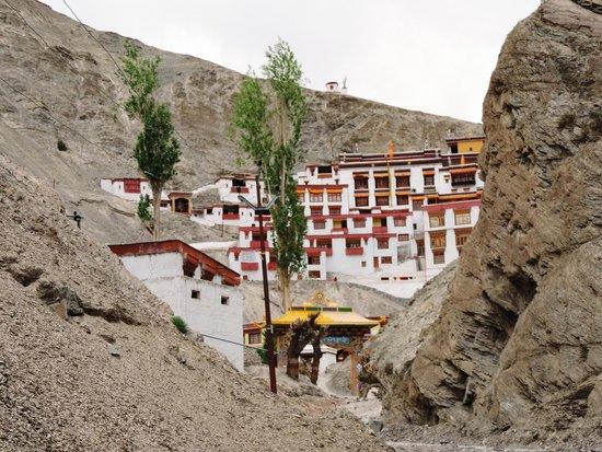 Rizong Monastery and Jelichun Nunnery : Rizong monastery