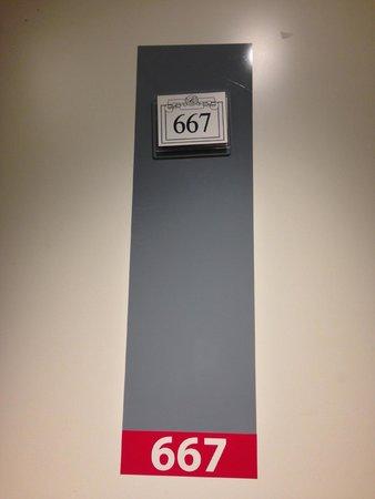 Hotel La Solitude : Room 667 - wheelchair room