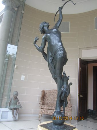 Washington County Museum of Fine Arts: Sculpture displayed in the glass pavilion